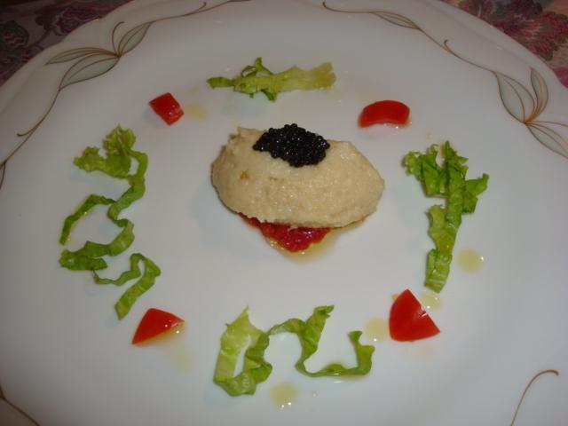 baccalà mantecato con patate e caviale