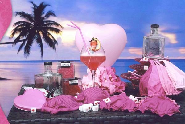 bikini Tezuk in rosa