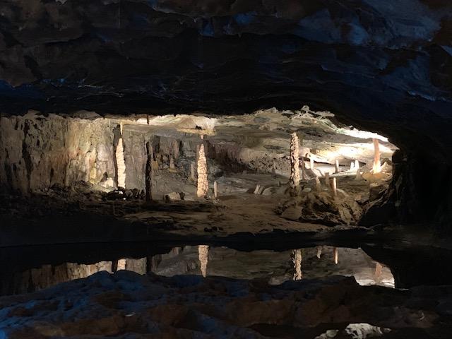 interno delle Grotte di San Beato - photo Credits @isabellaradaelli