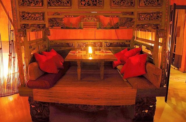 letto balinese trasformato in tavolo - Photo Credits @shambala