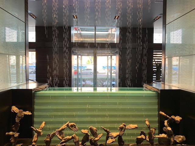 la fontana watergraphic nella lobby-Photo Credits @isabellaradaelli