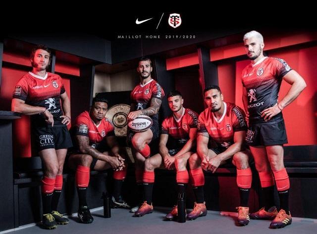 la squadra di rugby del Tolosa - Photo Credits @stadetoulousain