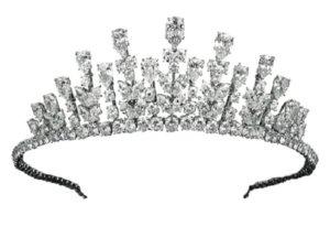 tiara che si trasforma in collana