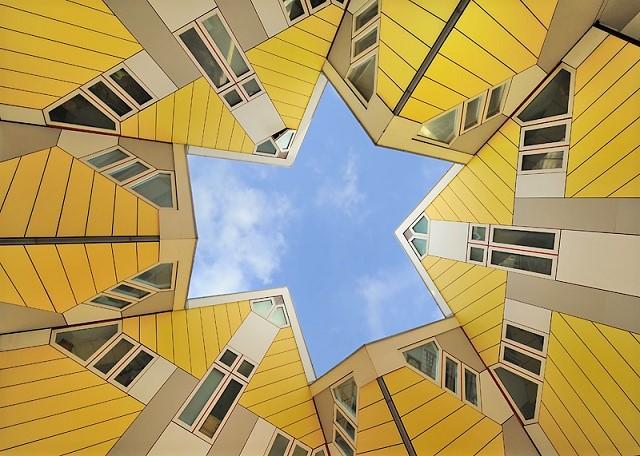 Cube houses Rotterdam - Heush
