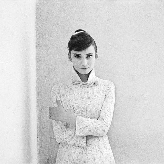 01_Audrey Hepburn for War and Peace_1955