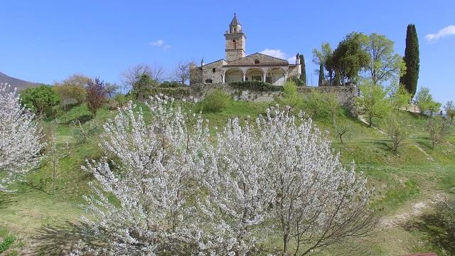 Gussago La Santissima fiori CREDITO @Tabacchini
